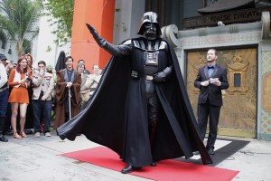 epa05677589 A Star Wars fan dressed up as Darth Vader participates in a costume contest prior to the opening of the latest Star Wars movie 'Rogue One: A Star Wars Story' at the TCL Chinese Theatre in Hollywood, California, USA, 15 December 2016.  EPA/MIKE NELSON