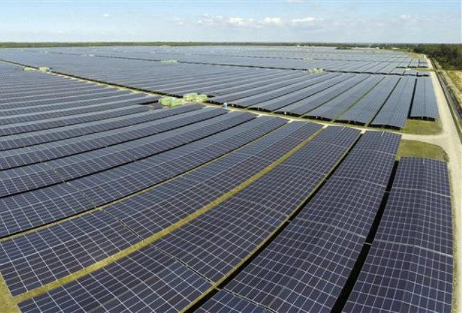 Νέα συμβόλαια της METKA EGN για φωτοβολταϊκά και υβριδικά έργα EPC