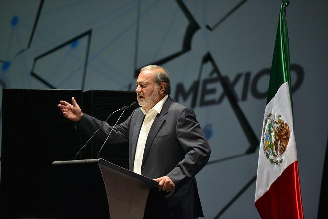 Μεξικανός δισεκατομμυριούχος «παίρνει θέση» στις απαιτήσεις Τραμπ