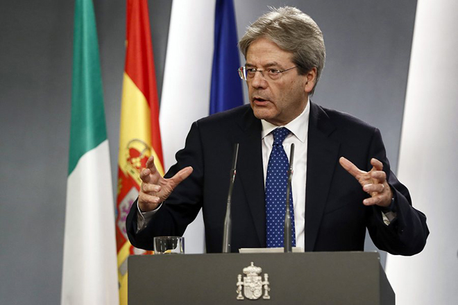 epa05755134 Italian Primer minister Paolo Gentiloni during the press conference with his Spanish counterpart Mariano Rajoy (not at the image) held after their meeting at Moncloa Palace in Madrid, Spain on 27 January 2017.  EPA/MARISCAL