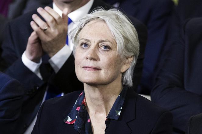 Καταγγελία: Η σύζυγος του Γάλλου υποψηφίου της δεξιάς έλαβε 900.000 ευρώ χωρίς να κάνει τίποτα