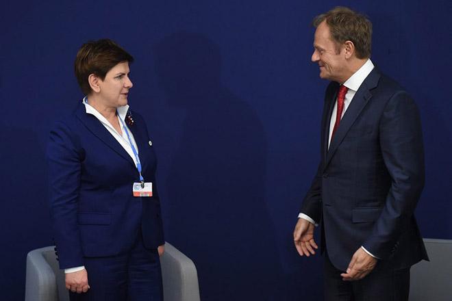 Χάνει και την Πολωνία η ΕΕ στο «βωμό» του Τραμπ;