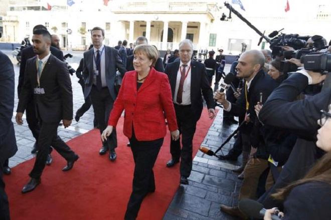 Μέρκελ στη Σύνοδο ΕΕ-Μάλτας: Η Ευρώπη κρατά την τύχη στα χέρια της