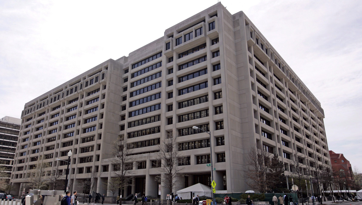 H ανακοίνωση του ΔΝΤ: Ελάφρυνση του χρέους, μειώσεις σε συντάξεις και αφορολόγητο