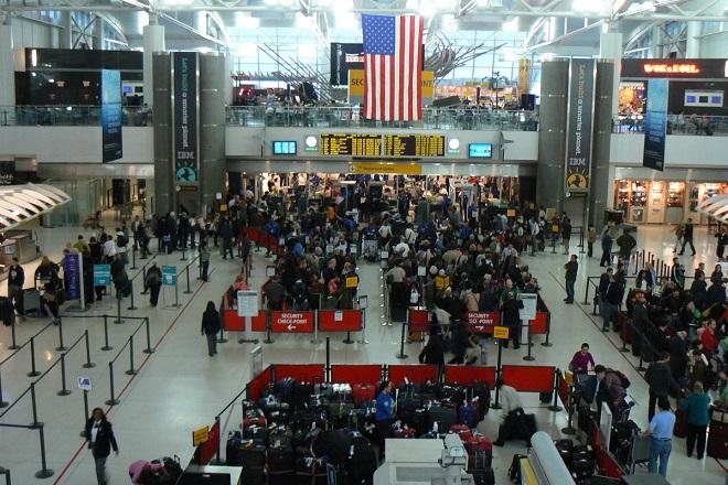 Χάος στα αεροδρόμια των ΗΠΑ με τους ελέγχους ασφαλείας