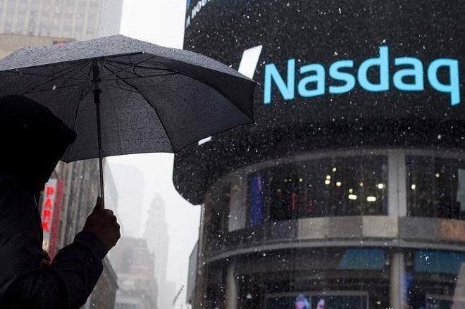 Άνοδος στη Wall Street – Νέο υψηλό ρεκόρ για τον Nasdaq