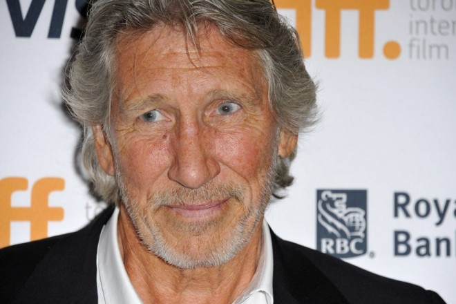 epa04388784 English musician and director Roger Waters arrives for the screening of 'Rogers Waters The Wall ' during the 39th annual Toronto International Film Festival (TIFF), in Toronto, Canada, 06 September 2014. The festival runs from 04 to 14 September.  EPA/WARREN TODA