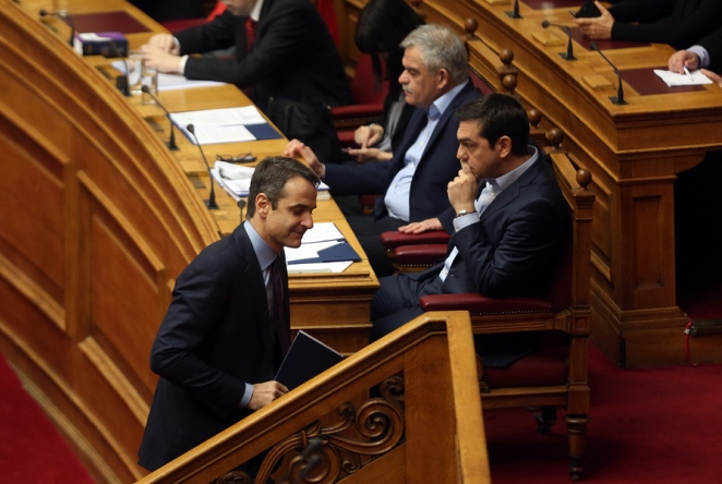 Νέες δημοσκοπήσεις με διαφορετικές εκτιμήσεις: Τι διαφορά δίνουν μεταξύ ΣΥΡΙΖΑ και ΝΔ