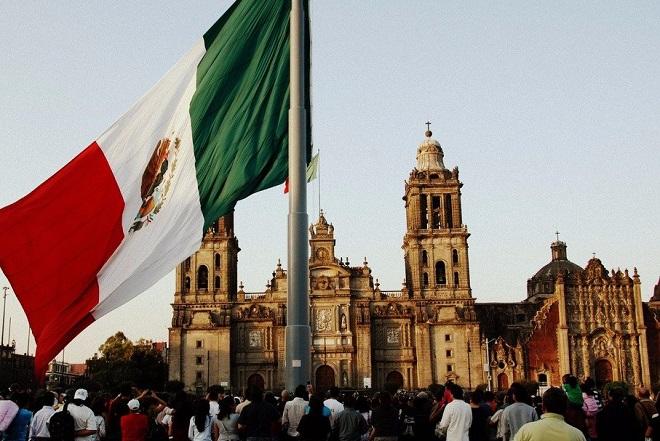 Στην αντεπίθεση περνά το Μεξικό με αντίμετρα κατά των αμερικανικών δασμών