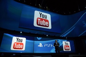 epa04247363 Shawn Layden, President and CEO of Sony Computer Entertainment America, announcing that YouTube, Twitch and Ustream will be coming to PS4, at the Sony PlayStation press conference prior to the start of the E3 (Electronic Entertainment Expo) in Los Angeles, California, USA, 09 June 2014. The E3 expo introduces new games and gaming devices.  EPA/MICHAEL NELSON