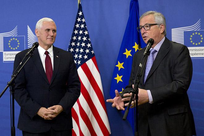 Φιλοευρωπαϊκή «στροφή» της κυβέρνησης Τραμπ – Ο Πενς επισκέπτεται τις Βρυξέλλες