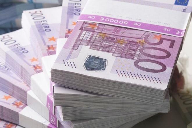 Πόσα χρόνια χρειάζονται για να αποπληρώσει η Ελλάδα τα δάνεια του EFSF;
