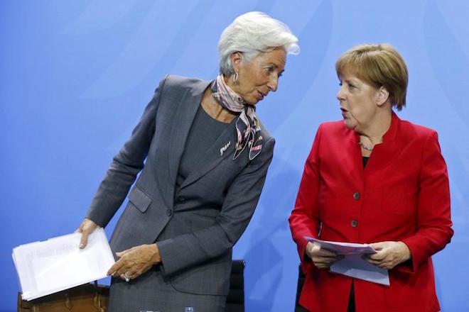 Το 2018 η απόφαση για το ελληνικό χρέος λέει η γερμανική κυβέρνηση
