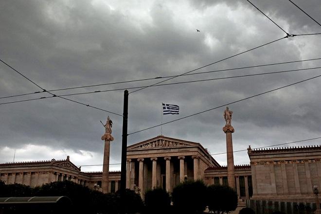 IW: Κατά 40% πιο φτωχή η Ελλάδα από το 2008