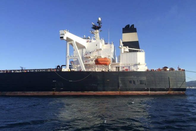 epa05199886 A handout image released by the 'Compania Espanola de Petroleos' (CEPSA) on 07 March 2016 shows the Portugal-registered oil tanker 'Monte Toledo' leaving after unloading 1 million barrels of Iranian crude oil in Algeciras, southern Spain, 07 March 2016. It is the first tanker with Iranian crude oil in Europe since sanctions against Iran end.  EPA/CEPSA/HANDOUT  HANDOUT EDITORIAL USE ONLY/NO SALES