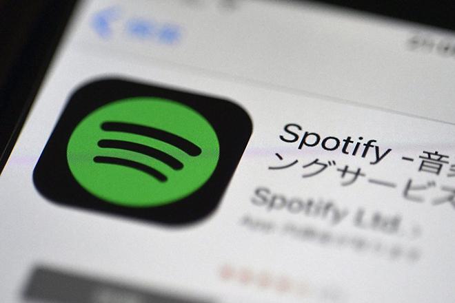 Η μάχη ανάμεσα στην Apple και το Spotify κορυφώνεται