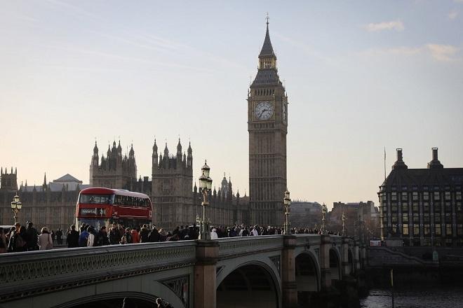 Απόβαση ελληνικών επιχειρήσεων στο Λονδίνο