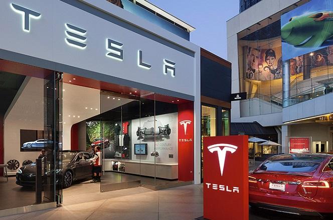 Στη μέση του εμπορικού πολέμου ΗΠΑ- Κίνας και η Tesla