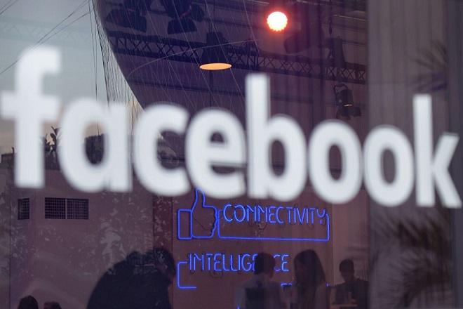 Το Facebook παραδέχεται πως μπορεί να βλάπτει σοβαρά την υγεία και προτείνει άλλο «αντίδοτο»