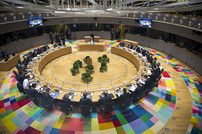 Η Ευρώπη των πολλών ταχυτήτων μπήκε επίσημα στο τραπέζι των 27