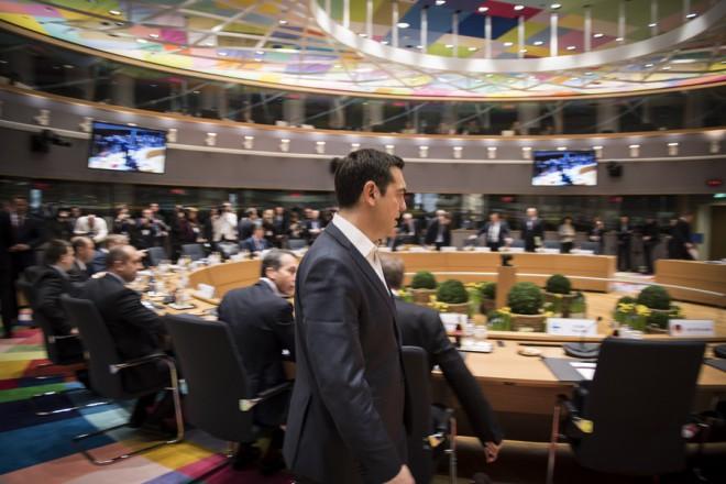 (Ξένη Δημοσίευση) Ο πρωθυπουργός Αλέξης Τσίπρας προσέρχεται Σύνοδο Κορυφής της Ευρωπαϊκής Ένωσης, Βρυξέλλες, Παρασκευή 10 Μαρτίου 2017. ΑΠΕ-ΜΠΕ/ΓΡΑΦΕΙΟ ΤΥΠΟΥ ΠΡΩΘΥΠΟΥΡΓΟΥ/Andrea Bonetti