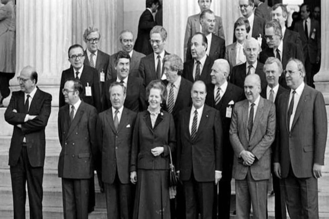 Παρελθόν η«οικογενειακή φωτογραφία» των ηγετών από τις Συνόδους Κορυφής