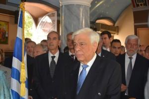 Ο Πρόεδρος της Δημοκρατίας Προκόπης Παυλόπουλος παρακολουθεί τη Δοξολογία, την  Κυριακή 12 Μαρτίου 2017, στην Ερμιόνη. Με την παρουσία του Προέδρου της Δημοκρατίας Προκόπη Παυλόπουλου έγιναν οι επετειακές εκδηλώσεις  της Γ Εθνικής Συνέλευσης των Ελλήνων (18 Ιανουαρίου έως 17 Μαρτίου 1827), στην Ερμιόνη Αργολίδος εξ αφορμής της συμπλήρωσης 190 χρόνων απ' το ιστορικό γεγονός, Στο Δημαρχείο της περιοχής, ο Πρόεδρος της Δημοκρατίας, ανακηρύχτηκε  «επίτιμος δημότης του Δήμου Ερμιονίδας» και θα του προσφέρθηκε  το χρυσό κλειδί του Δήμου απ' τον Δήμαρχο, Δημήτρη Σφυρή. Νωρίτερα, στο οίκημα που έγινε η εθνοσυνέλευση, ο Πρόεδρος της Δημοκρατίας, έκανε τα αποκαλυπτήρια αναμνηστικής, μαρμάρινης πλάκας. Το πρωί στο  Μητροπολιτικό Ιερό Ναό των Ταξιαρχών τελέσθηκε  Δοξολογία από τον Μητροπολίτη Ύδρας, Σπετσών, Αιγίνης, Ερμιονίδος και Τροιζηνίας  Εφραίμ. Τον Πρόεδρο συνόδευε ο υφυπουργός εξωτερικών Τέρενς Κουίκ . ΑΠΕ-ΜΠΕ /ΑΠΕ-ΜΠΕ/ΜΠΟΥΓΙΩΤΗΣ ΕΥΑΓΓΕΛΟΣ