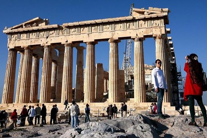 TUI: Πάνω από τρία εκατομμύρια τουρίστες αναμένει η Ελλάδα φέτος