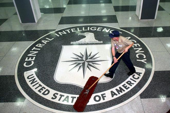Πώς η υπόθεση CIA – Wikileaks μπορεί να εξελιχθεί σε σύγκρουση Ουάσινγκτον και Σίλικον Βάλεϊ