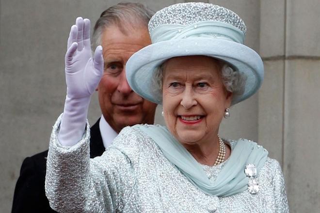 Brexit και με τη βούλα της βασίλισσας