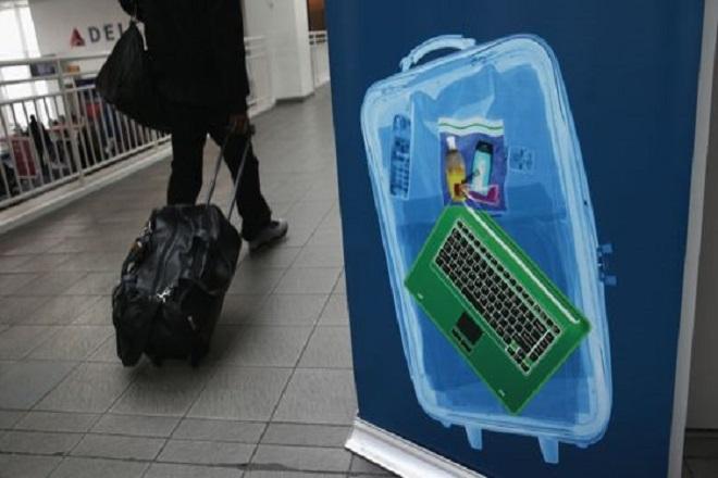 Οι ΗΠΑ θα απαγορεύσουν laptop και tablets σε πτήσεις από οκτώ χώρες