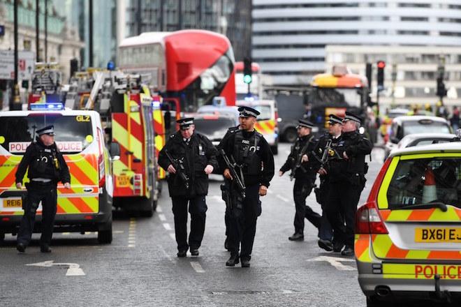 Τρομοκρατική επίθεση στο Βρετανικό Κοινοβούλιο: Τουλάχιστον 4 οι νεκροί