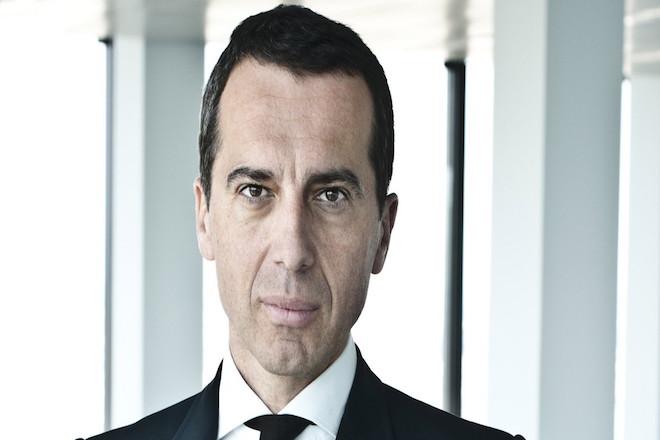 Καγκελάριος της Αυστρίας: Ξεχάσαμε ότι η Ευρώπη δεν είναι ισολογισμοί αλλά άνθρωποι