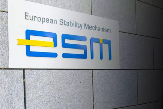 «Η Ελλάδα πρέπει να παραμείνει σε συνετό δημοσιονομικό μονοπάτι» τονίζει ο επικεφαλής οικονομολόγος του ESM