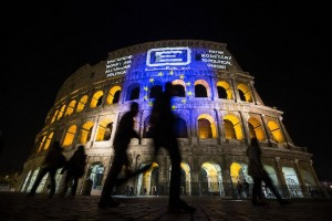 epa05868739 The European Union flag is projected on the Colosseum on the occasion of the celebrations to mark 60th anniversary of signing the Treaty of Rome, in Rome, Italy, 24 March 2017. EU leaders gathered in Rome to mark the 60th anniversary of the signing of the Treaty of Rome. The treaty was signed on 25 March 1957 at Campidoglio Palace in Rome by Belgium, France, Italy, Luxembourg, the Netherlands and West Germany to form the European Economic Community (ECC).  EPA/ANGELO CARCONI