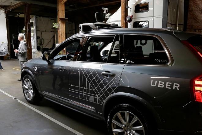 Η Uber δίνει κίνητρα στους οδηγούς για να στραφούν στα ηλεκτρικά αυτοκίνητα