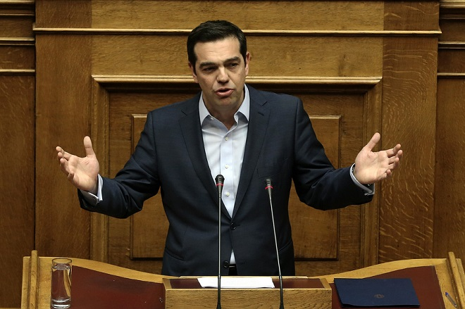 Ο πρωθυπουργός Αλέξης Τσίπρας μιλάει από το βήμα της Ολομέλειας της Βουλής, Αθήνα, Τρίτη 28 Μαρτίου 2017. Συζητείται σήμερα η πρόταση ΣΥΡΙΖΑ και ΑΝΕΛ για τη συγκρότηση Ειδικής Κοινοβουλευτικής Επιτροπής Προκαταρκτικής Εξέτασης για τον Γιάννο Παπαντωνίου. Η πρόταση κατατέθηκε μετά από τις ποινικές δικογραφίες που διαβιβάστηκαν στη Βουλή και αφορούν στον πρώην υπουργό Εθνικής Άμυνας Γιάννο Παπαντωνίου, σχετικά με την ενδεχόμενη τέλεση των αδικημάτων της απιστίας στρεφόμενης κατά του Δημοσίου και της νομιμοποίησης εσόδων από εγκληματική δραστηριότητα, κατά την άσκηση των καθηκόντων του, στο πλαίσιο σύναψης συμβάσεων εξοπλιστικών προγραμμάτων του υπουργείου Εθνικής Άμυνας και σύμφωνα με τα διαλαμβανόμενα στην πρόταση. ΑΠΕ-ΜΠΕ/ΑΠΕ-ΜΠΕ/ΣΥΜΕΛΑ ΠΑΝΤΖΑΡΤΖΗ