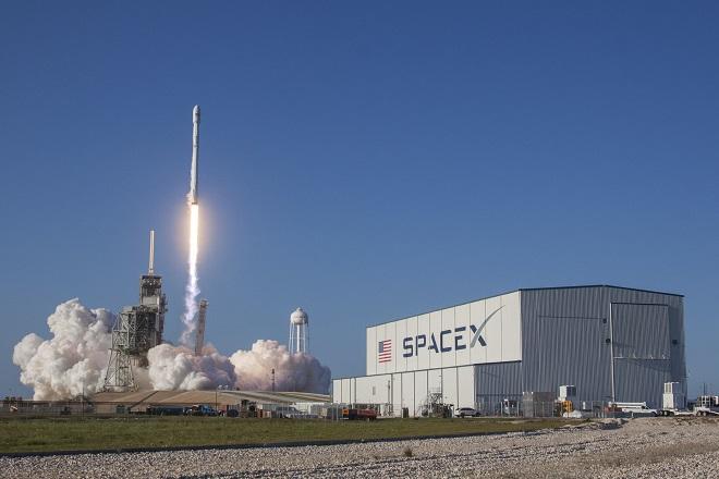 Μπορεί η αξία της SpaceX του Έλον Μασκ να φτάσει σύντομα τα 25 δισ. δολάρια;
