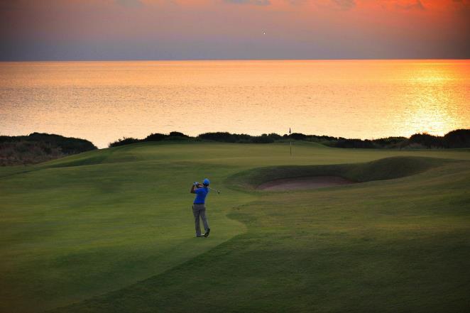 Τα σχέδια του Costa Navarino για ανάπτυξη 3 ξενοδοχείων και 2 γηπέδων γκολφ