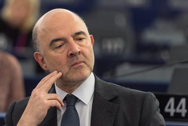 Ηχηρή παρέμβαση Μοσκοβισί για ελληνικό χρέος και πλεονάσματα