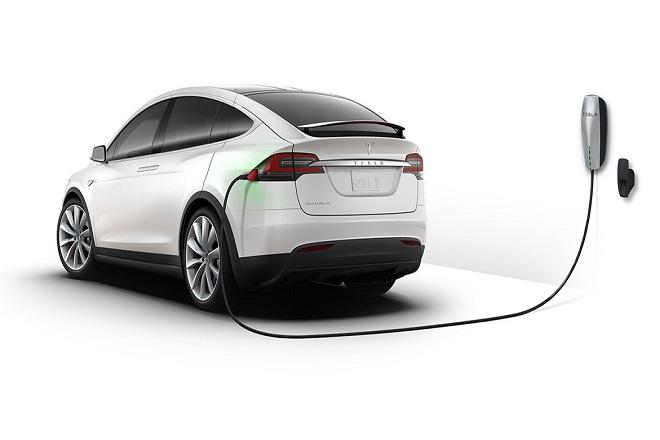 Πώς η Tesla ξεπέρασε σε αξία την Ford