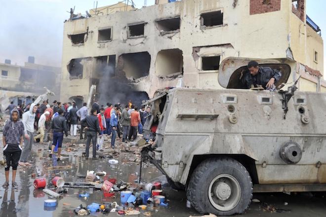 Δυο βομβιστικές επίθεσεις με νεκρούς σε Χριστιανικές εκκλησίες στην Αίγυπτο