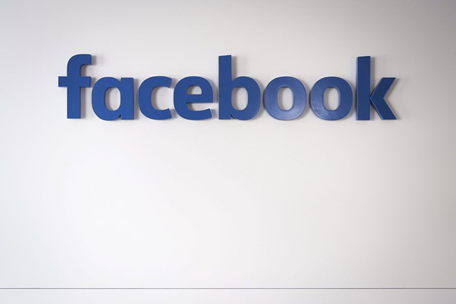 epa05765800 (FILE) - A file picture dated 20 January 2017 shows the facebook logo inside the facebook Chalet on the sideline of the 47th annual meeting of the World Economic Forum, WEF, in Davos, Switzerland. According to media reports on 02 February 2017, Facebook lost a 500 million US dollar lawsuit to Zenimax, over copyright issues on the computer code used by Oculus VR, which was bought by Facebook in 2014.  EPA/GIAN EHRENZELLER