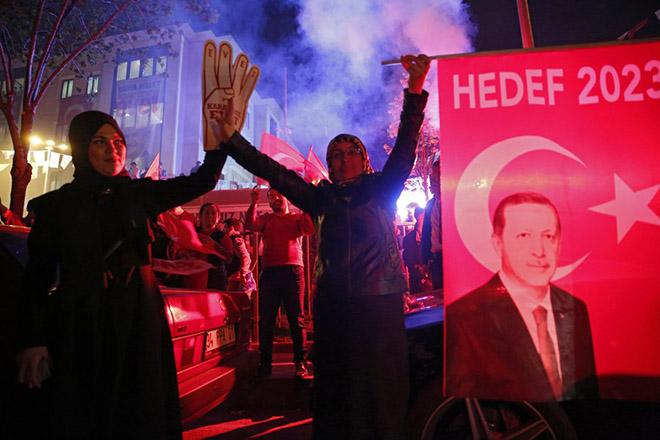Εντάλματα σύλληψης 110 πολιτών στην Τουρκία για ενδεχόμενες σχέσεις με τον Γκιουλέν