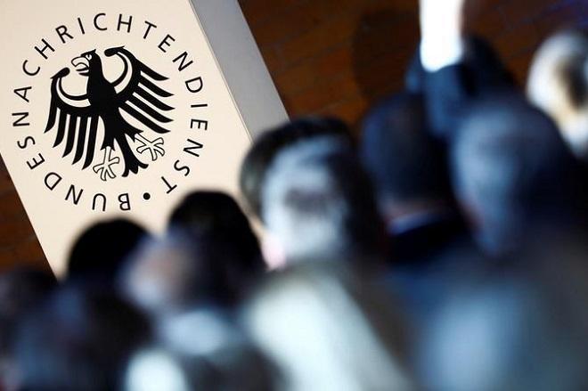 «Η γερμανική BND κατασκόπευε τα γραφεία της Interpol και στην Ελλάδα»