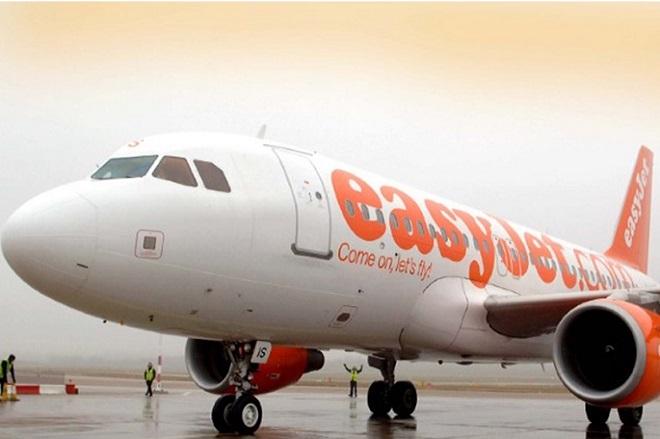 Τέλος οι ξηροί καρποί στις πτήσεις της Easyjet