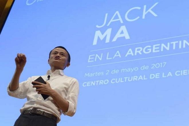 Τζακ Μα σε επιχειρηματίες: Εκμεταλλευθείτε την παγκοσμιοποίηση