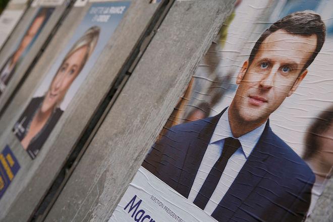 Οι Γάλλοι στις κάλπες: Μακρόν ή Λεπέν;
