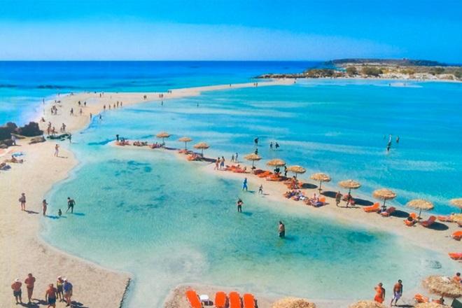 Paris Match: Αυτές είναι οι ομορφότερες ελληνικές παραλίες
