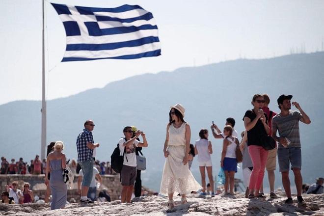 Αυτοί ήταν οι τρεις δημοφιλέστεροι προορισμοί των τουριστών στην Ελλάδα τον Αύγουστο